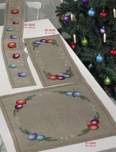 Christmas Ball Table Topper